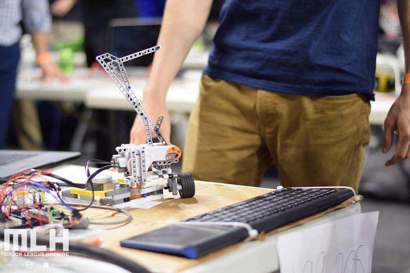 Autonomous [w]Riting Machine (ARM)